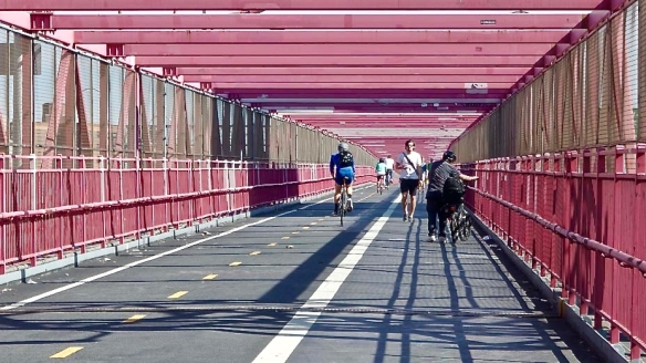 williamsburg-bridge-path (1).jpg