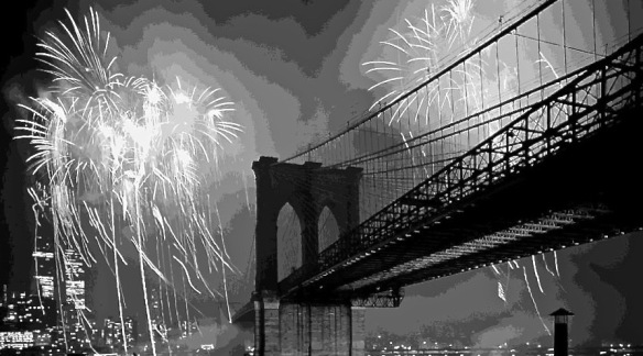 brooklyn-bridge-fireworks-bw16-scott-kelley (1).jpg